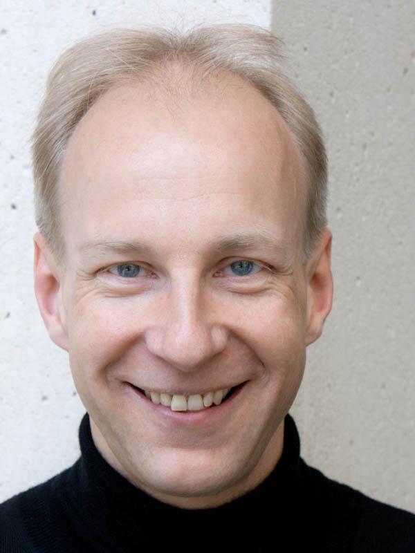 Florian Henschel, piano